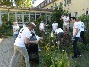 Teamevent Garteneinsatz