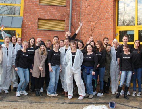 Freiwillige Pinselquäler für die Kita Sonnenblume