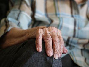 Seniorenhand